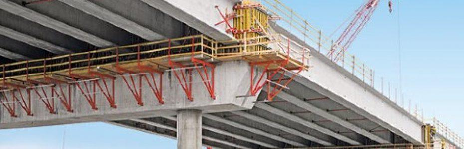 Puente reforzado con barras compuestas
